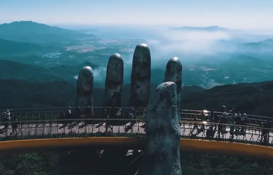 Nowa atrakcja turystyczna w Wietnamie przyciąga tłumy. Co o niej sądzicie? [WIDEO]
