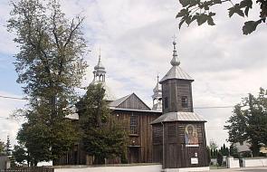 Biskup mianował administratora parafii, gdzie doszło do bójki księży