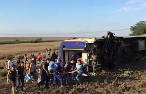 Turcja: wykoleił się pociąg, 10 osób zginęło, ponad 70 zostało rannych