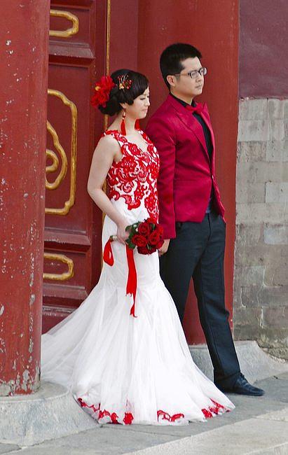 Czy suknia ślubna musi być biała? - zdjęcie w treści artykułu nr 5