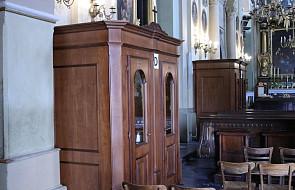 Klimatyzowane konfesjonały w jednej z polskich bazylik