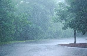 Gwałtowne ulewy i powodzie u ujścia Rodanu; ewakuowano 1600 osób