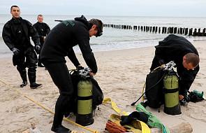 Kołobrzeg: ewakuacja Podczela zakończona, saperzy mogą wydobywać bomby