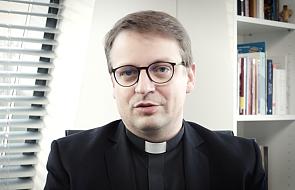Ks. Tykfer: ci dziennikarze robią dla Kościoła złą robotę