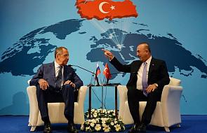 Szef MSZ Rosji w Turcji: rozważamy używanie walut narodowych w handlu zamiast dolara
