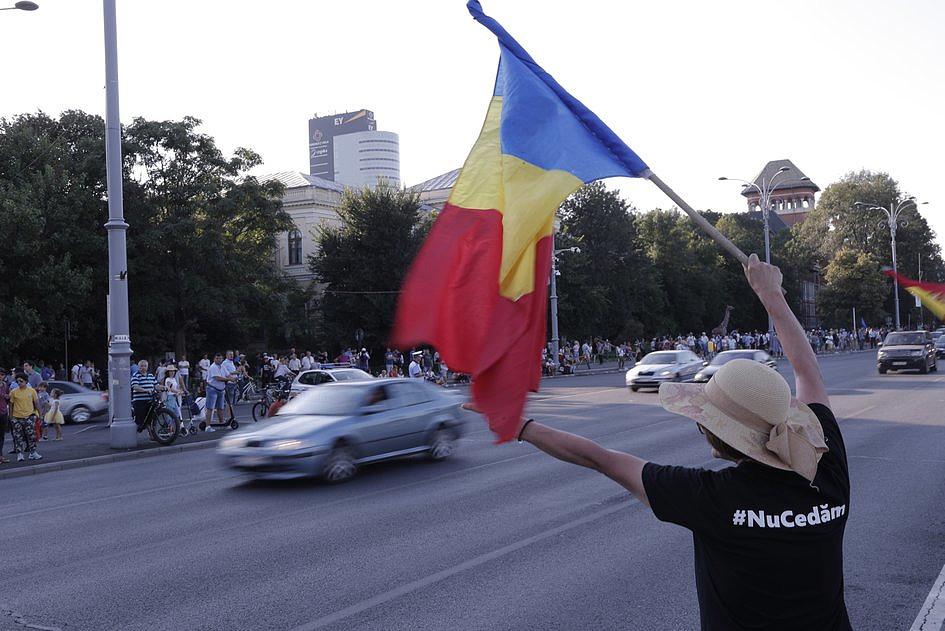 Bukareszt: Cerkiew prawosławna apeluje o dialog i modlitwę - zdjęcie w treści artykułu nr 2