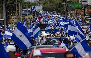 Nikaragua: kard. Brenes potępia zabójstwa cywilów