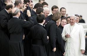 """Franciszek: rozbawił mnie ten ksiądz. """"Jak można paść stado żab?"""""""