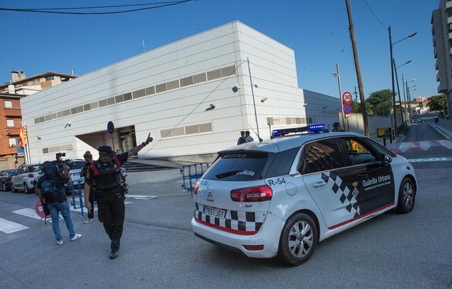 Hiszpania: atak nożownika w Barcelonie; napastnik zabity przez policję