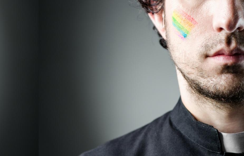 Czy za pedofilię w Kościele odpowiedzialni są księża-homoseksualiści? [WYJAŚNIAMY]