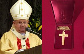 Kard. Dziwisz przekazał bazylice Mariackiej jeden z ostatnich skarbów po Janie Pawle II