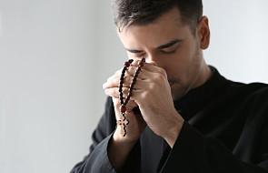 Masz znajomego księdza lub zakonnicę, którzy przeżywają kryzys? Wyślij ich na te rekolekcje