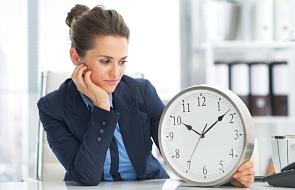 Większość Europejczyków chce zniesienia zasad zmuszających do zmiany czasu