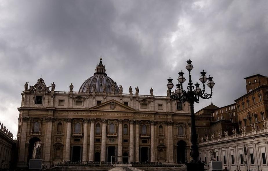 Abp Gänswein dementuje, jakoby Benedykt XVI potwierdzał oskarżenia abp. Viganò