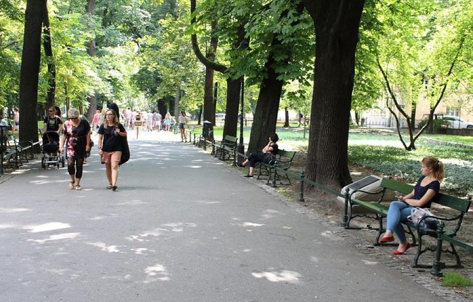 Kraków: prokuratura wszczęła śledztwo ws. zwłok mężczyzny na Plantach