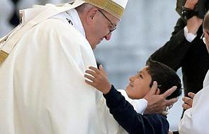Do Polski przyjechał cudownie uzdrowiony 10-latek. Jego rodzice modlili się do Matki Boskiej Fatimskiej