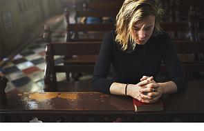 W obliczu kryzysu w Kościele, szukajmy pomocy u kobiet