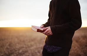 W czasie czytania Pisma łatwo trafić w pułapkę. Naucz się je omijać!