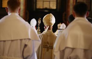 Kościół w Polsce nie zamiata spraw pod dywan