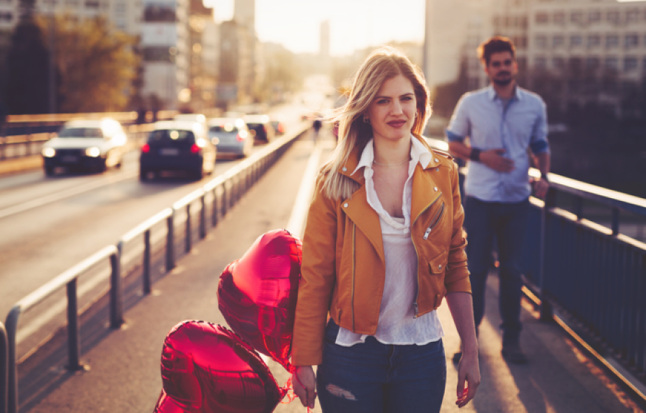 Jak kochać, kiedy już nie umiesz się z nim dogadać? 5 języków miłości