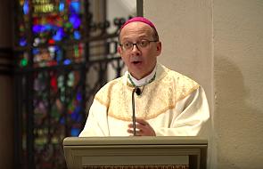 Gest tego biskupa w czasie Mszy pokutnej za pedofilię w Kościele poruszył internautów