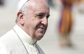 Papież: seks to dar Boży, a nie tabu. Ma dwa cele: kochać się i powoływać życie