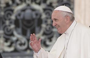 Papież Franciszek: wypełnianie tego przykazania prowadzi do długiego, szczęśliwego życia