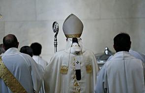 Holenderski biskup zrezygnował z udziału w synodzie. Wyrażono szacunek dla jego decyzji