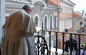Podczas mszy w Kownie papież modlił się m.in. za Unię Europejską