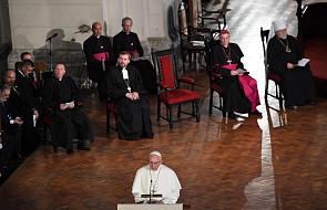 Całe przemówienie papieża w katedrze w Rydze: Chrystus jest w stanie rozbić schematy, w których zamierzamy go uwięzić
