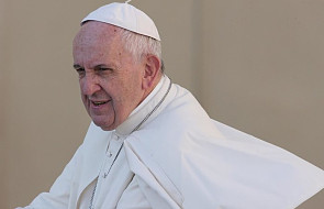 Odbyło się oficjalne powitanie papieża przez władze. Estończycy otrzymali prezent