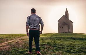 """""""Od kilku tygodni chodzę do kościoła rzadziej. Widok księdza kojarzy mi się jednoznacznie"""""""