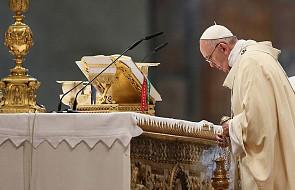Episkopaty Azji, Meksyku, Panamy oraz biskupi grekokatoliccy stają w obronie papieża Franciszka