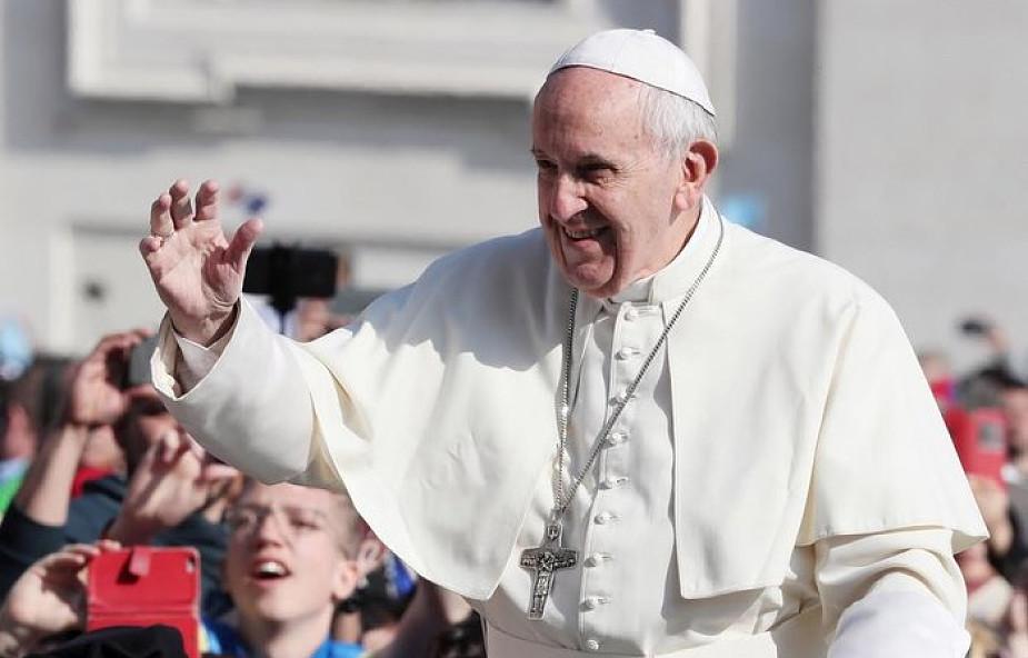 Papież zachęcił, abyśmy czynili to każdego wieczoru. Dzięki temu wiele zrozumiemy