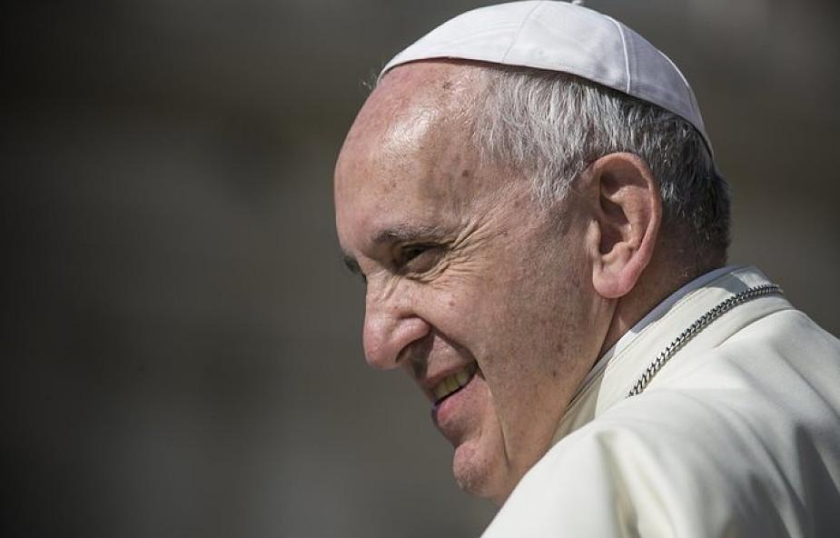 Franciszek: młodym ludziom potrzebna jest pasja, a zadaniem wychowawców jest jej zaszczepienie