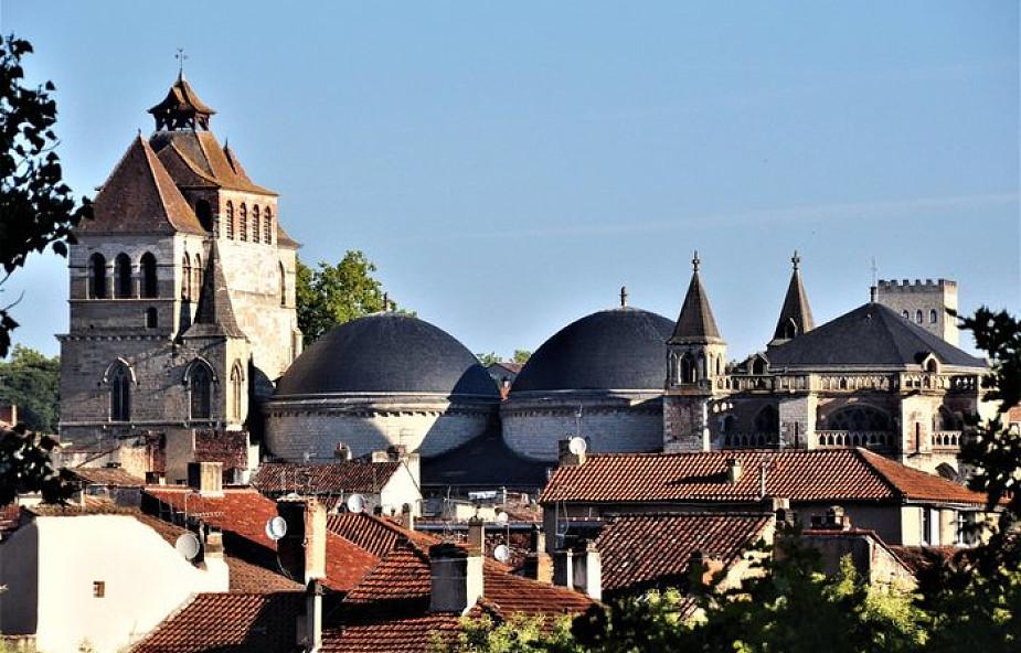 Francja: wystawienie grobowego czepka Jezusa na 900-lecie katedry w Cahors