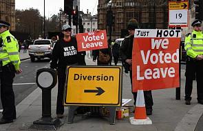 Wielka Brytania: parlament zagłosuje wieczorem nad umową wyjścia z UE. Eksperci spodziewają się porażki rządu