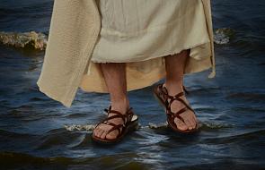 #Ewangelia:  Jezus nie chce być ani królem, ani mesjaszem politycznym. Na cudach nie zbija swojej popularności