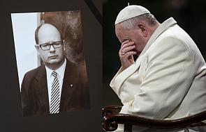 Ojciec Święty pamięta o rodzinie Pawła Adamowicza. Kard. Krajewski zadzwonił do mamy i żony prezydenta