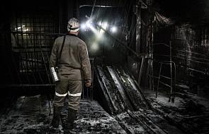 Dwaj górnicy w szpitalach po wstrząsie w kopalni Rydułtowy; ciało jednego górnika wciąż pod ziemią