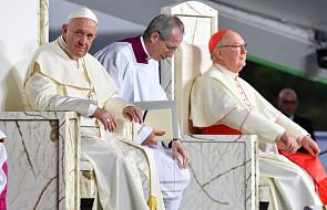 Podczas obiadu z papieżem młoda dziewczyna zapytała o wykorzystywanie seksualne