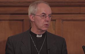 """Ten arcybiskup każdego dnia modli się w językach. """"To część mojej codziennej dyscypliny"""""""
