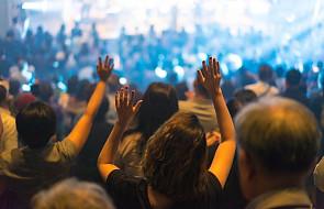 Wady i zalety Kościoła eventowego