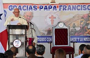 Papież w Domu Miłosiernego Samarytanina w Panamie: być tutaj to dotknąć milczącego i matczynego oblicza Kościoła