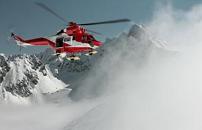 Tatry: dużych rozmiarów śnieżna lawina zeszła ze zboczy Rysów porywając pięć osób