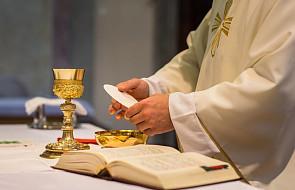 Przewodnik po Mszy świętej dla bystrzaków. Część 2: liturgia eucharystyczna i obrzędy końcowe