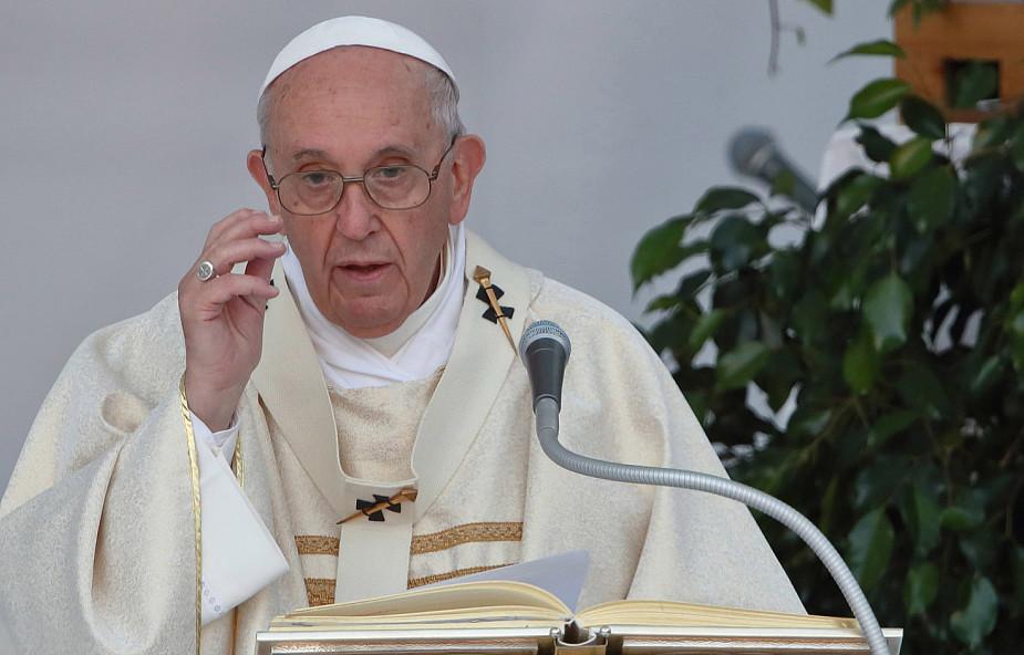 Papież: spotkanie ze Słowem Bożym jest zawsze źródłem radości