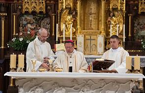 Abp Grzegorz Ryś będzie święcił żonatych mężczyzn. Czym jest diakonat stały?