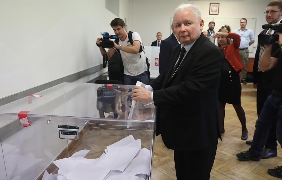 Polacy wybrali. PiS wygrywa wybory parlamentarne