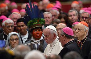 Franciszek o reakcjach na adhortację: ludzie oskarżają mnie o brak odwagi, żeby słuchać Ducha Świętego